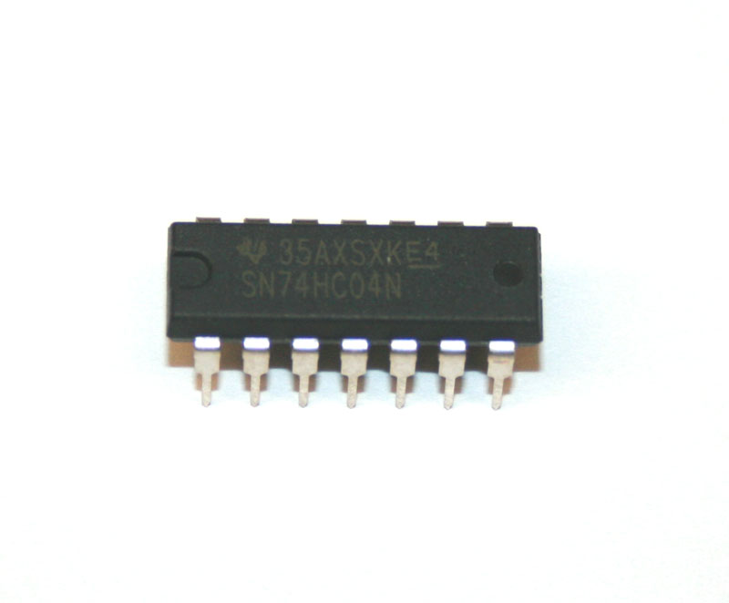 IC, 74HC04 hex buffer