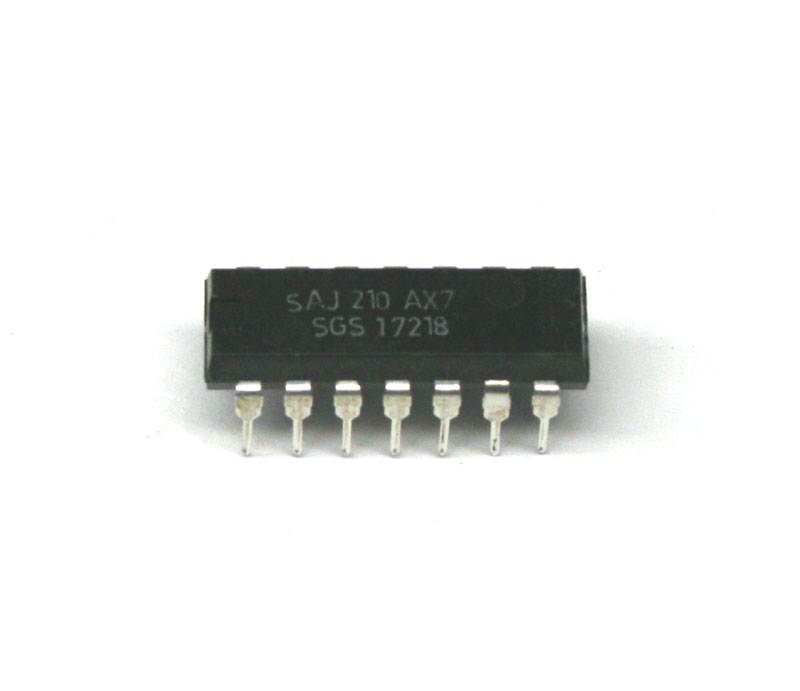 IC, SAJ210 frequency divider