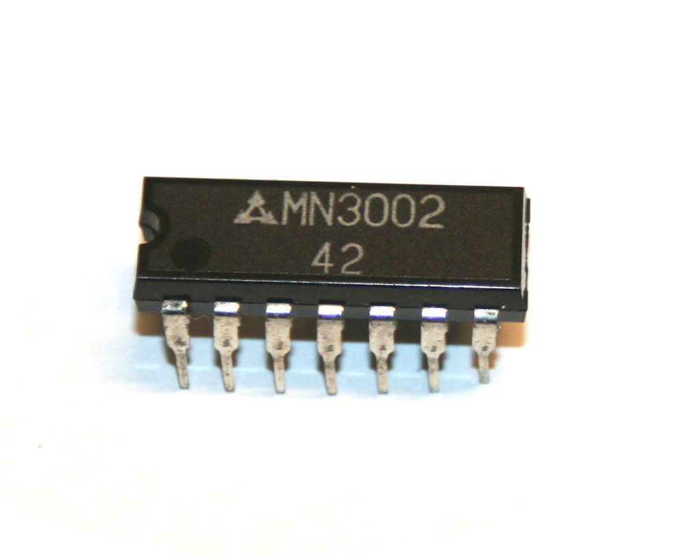 IC, MN3002 dual BBD chip
