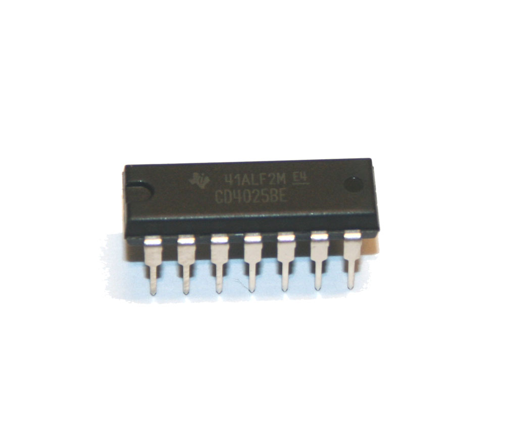 IC, 4025 triple 3-input NOR gate