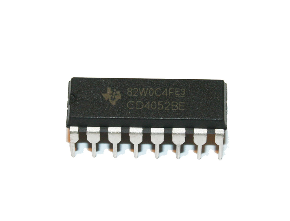 IC, 4052 multiplexer switch